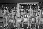 За престижный титул боролись 50 самых красивых девушек страны. В финале осталось только 12 участниц – по количеству знаков зодиака, так как в этом году темой конкурса стал космос (фото: Olga Sokolova/Global Look Press)