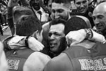 Главный тренер ЦСКА Димитриос Итудис (в центре) почти плакал после победы своей команды (фото: Станислав Красильников/ТАСС)