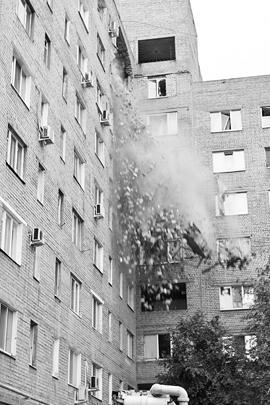 В жилом доме произошло обрушение на общей площади 15 кв. метров