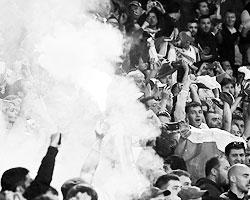 Хоть фанаты ответили по-пацански (фото: Александр Демьянчук/ТАСС)