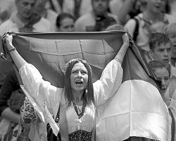 В основе идеологии украинского государства изначально был положен галицкий национализм (фото: Valentyn Ogirenko/Reuters)