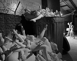 Если искусство выглядит как мусор, мы имеем право громко говорить, что оно выглядит как мусор (фото: Denis Sinyakov/Reuters)