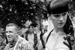 Арсений Павлов и его супруга Елена после бракосочетания в ЗАГСе Донецка (фото: Андрей Стенин/РИА Новости)
