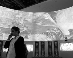 Выставка в Манеже отлично показывает, что, например, дилемма «Сталин – подвижник или негодяй» – ложная (фото: Сергей Пятаков/РИА Новости)