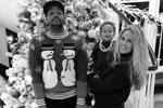 Американский актер Дональд Фэйсон, известный по сериалу «Клиника», в традиционном новогоднем свитере в окружении семьи (фото: instagram.com/donald_aison)