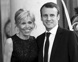 Эммануэлем Макрон с супругой Бриджит Тронье (фото: Philippe Wojazer/Reuters)