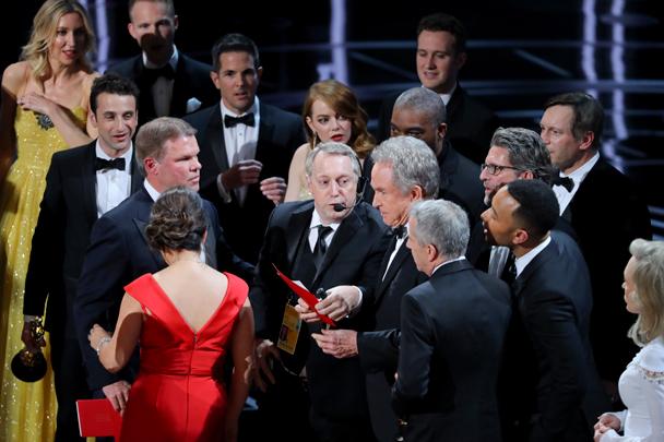 Переполох на «Оскаре», эксперты полагают, что ошибочное объявление победителя в главной номинации не было шуткой