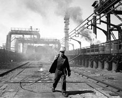 Cовокупное производство проката на предприятиях ДНР и ЛНР может достигать пяти миллионов тонн (фото: Mstyslav Chernov/AP/ТАСС)