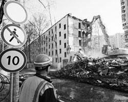 Нельзя заменять хрущевки человейниками (фото: Максим Блинов/РИА Новости)