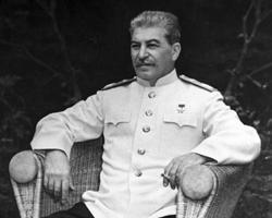 К Сталину нужно относиться трезво. Как к хитрому кавказцу (фото: Евгений Халдей/РИА Новости)
