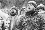 Штормовое предупреждение объявлено в восьми штатах, в том числе в Нью-Йорке. На фото люди встречают снежную бурю в Миннеаполисе (фото: Elizabeth Flores/ZUMA/ТАСС)