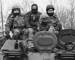 Те же русские люди, только с украинским языком образования и кашей в голове (фото: Gleb Garanich/Reuters)