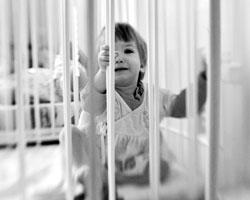 Практика отъема детей у родителей – уже укорененная в ряде западных стран – все больше становится обычной у нас (фото:Владимир Песня/РИА Новости)