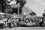 В преддверии Дня Победы акция «Бессмертный полк» состоялась во многих странах мира – в США (в Вашингтоне и Нью-Йорке), в Мексике, на Кубе, в Кувейте, Ливане. Особенно многолюдным был марш в Хайфе (Израиль), в котором участвовали многие ветераны войны (фото: Павел Прокофьев/ТАСС)