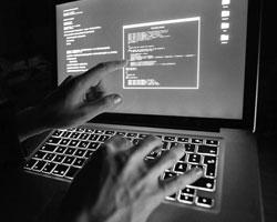 Кибероружие потенциально гораздо опаснее, чем обычное (фото: Silas Stein/DPA/ТАСС)