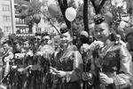 Хакасия. 12 июня 2017 г. Участники праздничного шествия в День России в Абакане  (фото: Александр Колбасов/ТАСС )