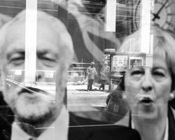Колонки: Дмитрий Дробницкий: Западный избиратель разлюбил истеблишмент. Надолго