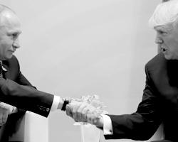 CNN углядело в действиях американского президента если не глупость, то предательство (фото: Carlos Barria/Reuters)