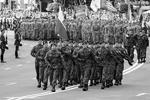 Польша, стремящаяся быть флагманом Восточной Европы и не забывающая о наследии Речи Посполитой, не могла проигнорировать парад в Киеве (фото: Gleb Garanich/Reuters)