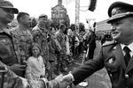 Министр обороны Украины Степан Полторак заявил: «По стандартам НАТО уже подготовлено 28 боевых армейских подразделений. Мы строим Вооруженные силы, которые должны достичь наивысшего уровня партнерства с Североатлантическим альянсом» (фото: Михаил Палинчак/пресс-служба президента Украины/ТАСС)