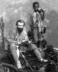 Миклухо-Маклай с папуасом Ахматом (фото: общественное достояние)