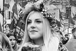 Организаторы неонацистского марша в Киеве планировали, что в шествии примут участие около 30 тыс. человек. По оценкам столичной полиции, собралось около 13 тыс. Глава партии «Национальный корпус» Андрей Белецкий назвал его самым мощным в истории (фото: Петр Сивков/ТАСС)