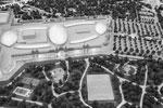 Сам парк аттракционов, в отличие от зарубежных аналогов, будет полностью крытым (фото: Артем Коротаев/ТАСС )