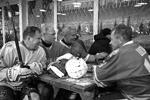 Ночная хоккейная лига была создана в 2011 году по инициативе президента и при поддержке ветеранов отечественного хоккея (фото: kremlin.ru)