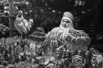 Продажа сувениров на ГУМ-ярмарке на Красной площади в преддверии Нового года (фото: Валерий Шарифулин/ТАСС )