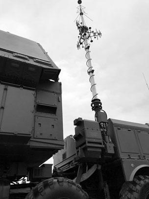 Второй дивизион ЗРК С-400 в первую очередь будет контролировать воздушное пространство над Чонгаром и Армянском на границе с Украиной. Он обеспечит защиту Крыма и части Кубани, заявил командующий Четвертой армией ВВС и ПВО генерал-лейтенант Виктор Севостьянов