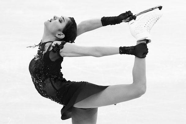 Откатав программу, Медведева, по ее признанию, впервые в жизни расплакалась на соревнованиях. «Захлестнули эмоции... Я, наверное, поняла, что оставила всю свою душу на льду», – рассказала спортсменка