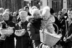 Освящение куличей в петербургском Крестовоздвиженском соборе (фото: Maksim Konstantinov/Global Look Press)