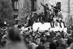 Отставку Сержа Саргсяна с поста главы Армении уличная оппозиция встретила ожидаемо – ликованием (фото: Артем Геодакян/ТАСС )