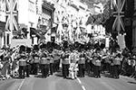 Музыкальное сопровождение свадебной церемонии обеспечивал оркестр ирландских гвардейцев, а также духовой оркестр (фото: Andrew Parsons/Zuma/Global Look Press)