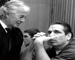 Гонен Сегев на суде (кадр из видео)