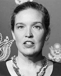 Заместитель помощника госсекретаря США Сандра Оудкирк