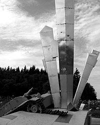 На 114-м километре Волоколамки стоит удивительный памятник