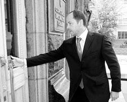 Как и Ющенко, Тигипко в свое время был главным банкиром Украины. И очень успешным банкиром – помогли комсомольские связи (фото: ukrbiznes.com)