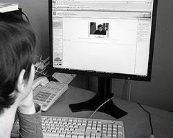 Интернет нынче – единственная отрада гражданина (фото: ИТАР-ТАСС)