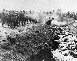 В 1941–1944 годах были ИСТРЕБЛЕНЫ СОТНИ ТЫСЯЧ граждан, проведен «полный геноцид» евреев (фото: yadvashem.org)