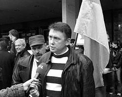 Фактически Мельниченко обвинил президента Ющенко в попытке его отравить (фото: melnychenko.com.ua)