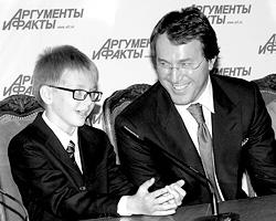 Руслан Байсаров сделал то, на что давно не хватало духу у многих тысяч российских мужчин нечеченских национальностей (фото: ИТАР-ТАСС)