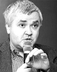 По мнению Максима Кронгауза, политики должны принять отдельное решение (фото: ics2.ru)