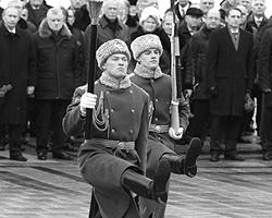 А кто из вас знает, что именно произошло в русской истории 23 февраля? (фото: ИТАР-ТАСС)