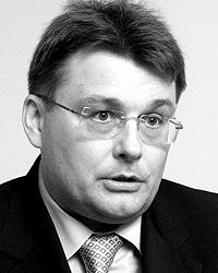 Евгений Федоров считает закон `Об основах туристской деятельности в Российской Федерации` передовым (фото: ИТАР-ТАСС)