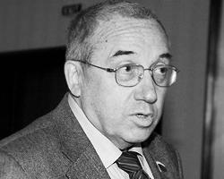 Андрей Кокошин уверен, что без помощи союзников победа СССР в войне обошлась бы гораздо дороже
