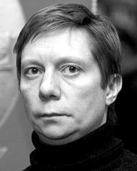 Кирилл Бенедиктов говорит, что его книги «раскручиваются» по принципу «сарафанного радио» (фото: Дмитрий Коротаев/ВЗГЛЯД)