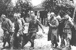 Великая Отечественная война. Полевая форма в ходе войны практически не менялась, но с 1943 года в армии вновь появились погоны