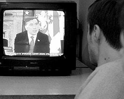 8 августа  2008 г. президент Грузии Саакашвили выступил с телеобращением к жителям  Южной Осетии (фото: Reuters)