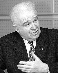 Президент Российской гильдии пекарей и кондитеров Юрий Кацнельсон  считает, что спекулянтов надо наказать публично Фото: РИА
